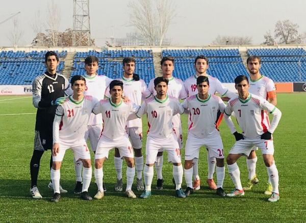خبرنگاران پیروزی پرگل شاگردان عبدی مقابل تاجیکستان با یک بازیکن کمتر