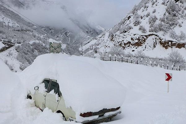 هواشناسی ایران 99، 10، 7، تداوم بارش برف و باران در 9 استان، افزایش آلودگی هوا در کلان شهرها