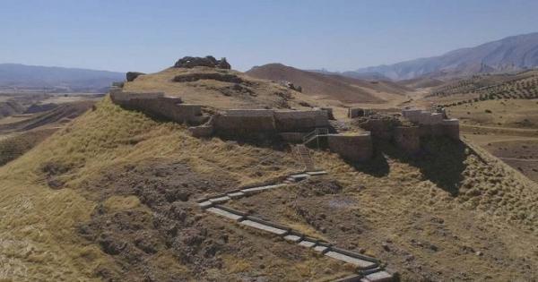 اتمام عملیات بازسازی و سامان دهی پشت قلعه آبدانان ایلام